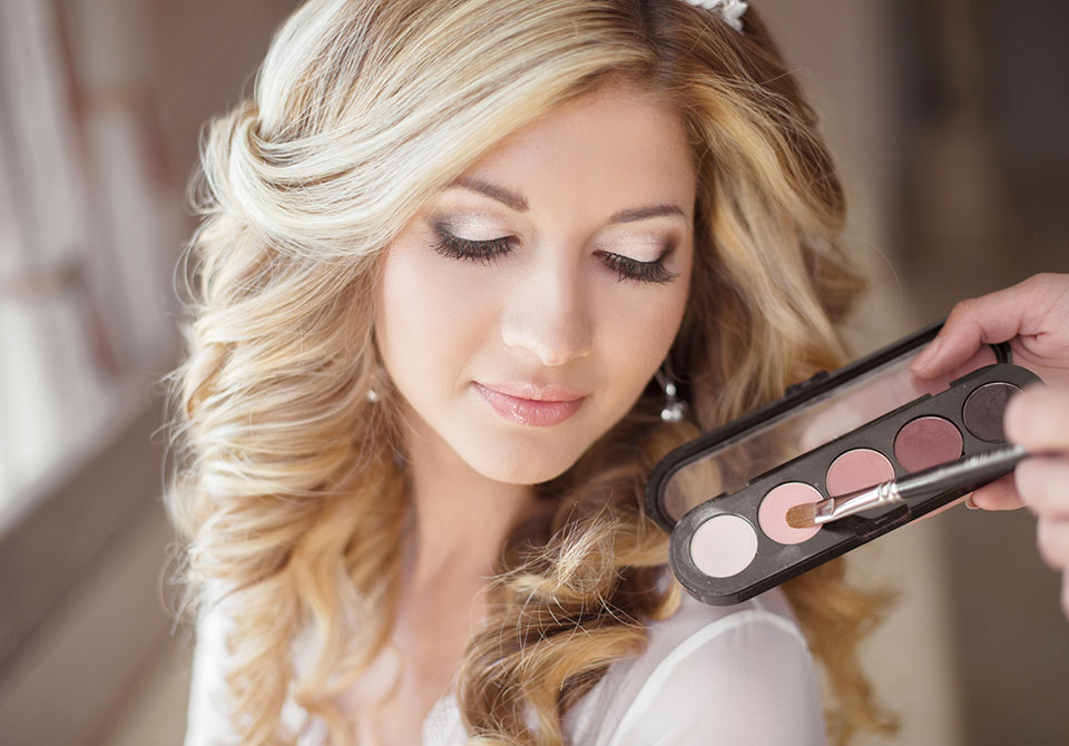 Face makeup for wedding